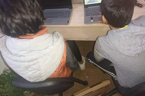 Нови компютри за  децата от Центъра за настаняване  от семеен тип за деца без увреждания – Първомай